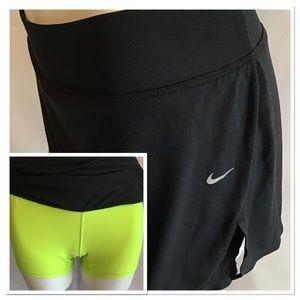 Nike Athletic Skort Medium Black Yellow Shorts